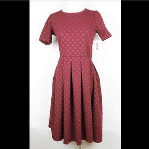 LULAROE AMELIA BURGUNDY RED SHORT SLEEVE DRESS